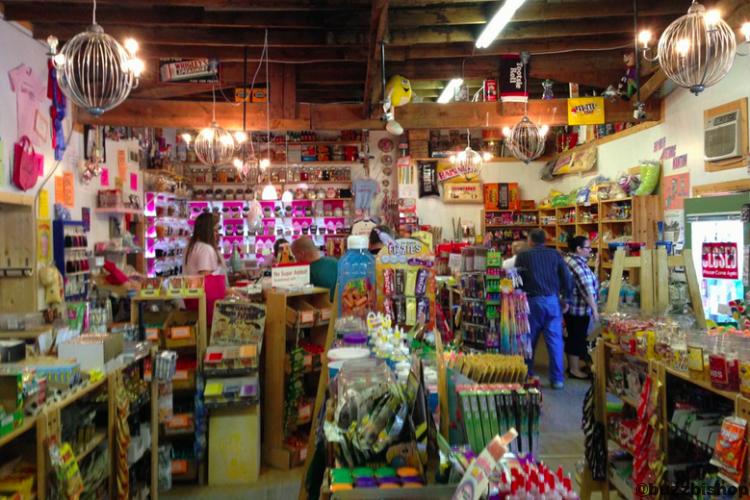 Nanton Candy Store