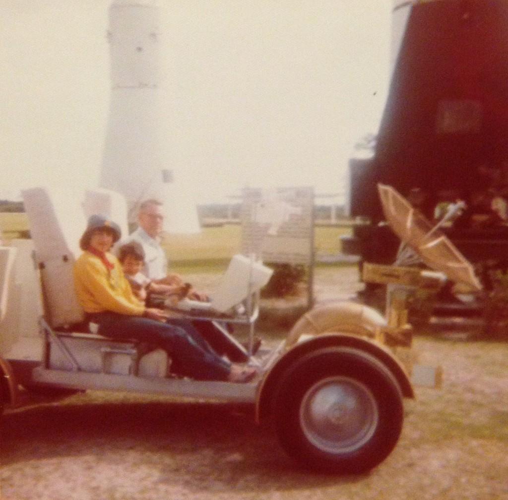 driving lunar module 1975
