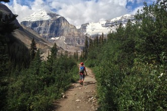 zacharie hiking to plain of 6 glaciers