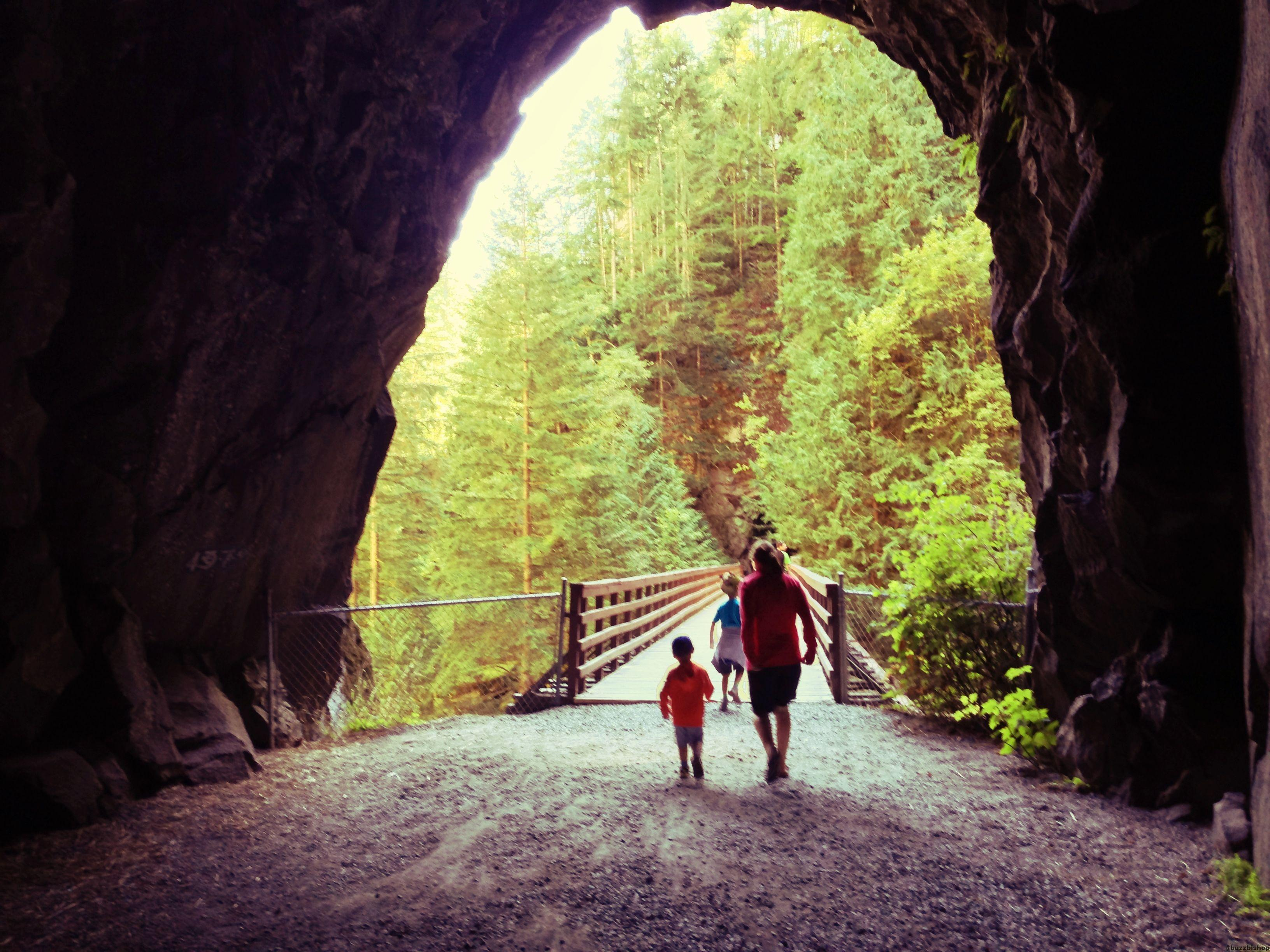 othello tunnels at coquihalla canyon