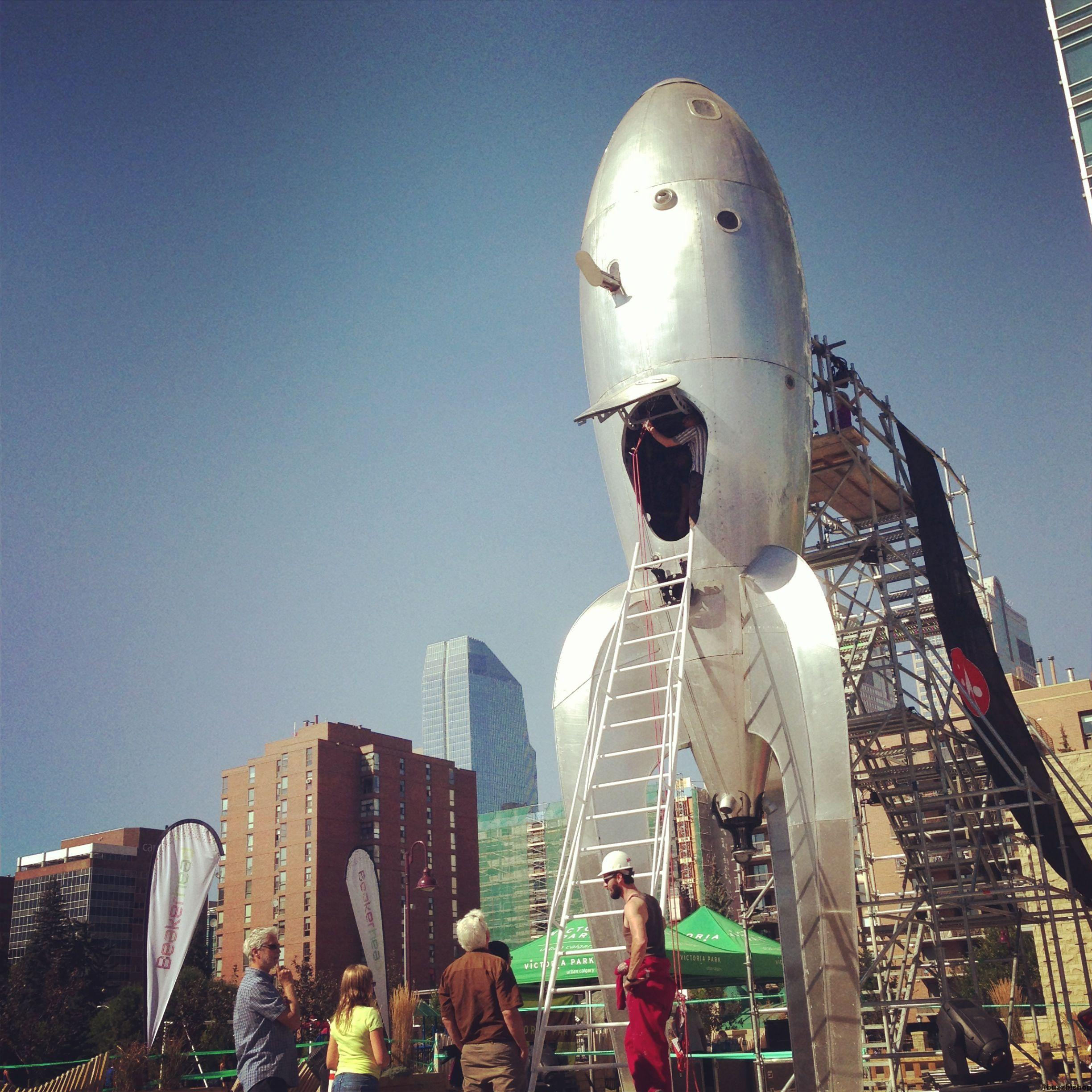 Seen In Calgary 17 Raygun Gothic Rocketship At