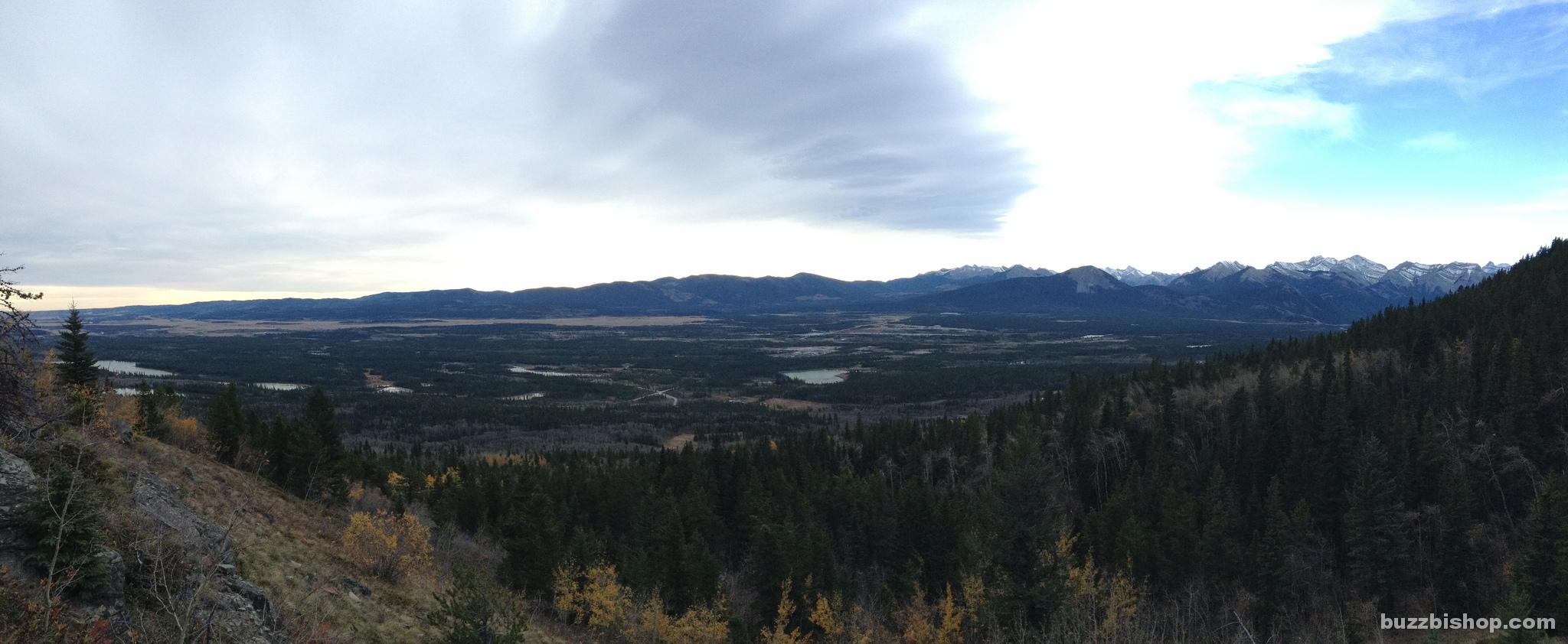 Bow Valley views on Mount Yamnuska