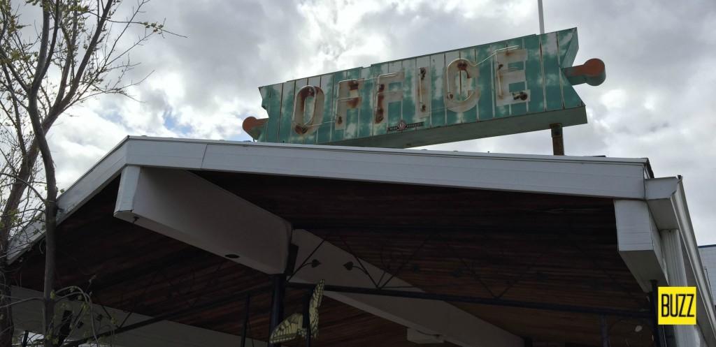 Bel Aire Motel - Medicine Hat - Buzz Bishop