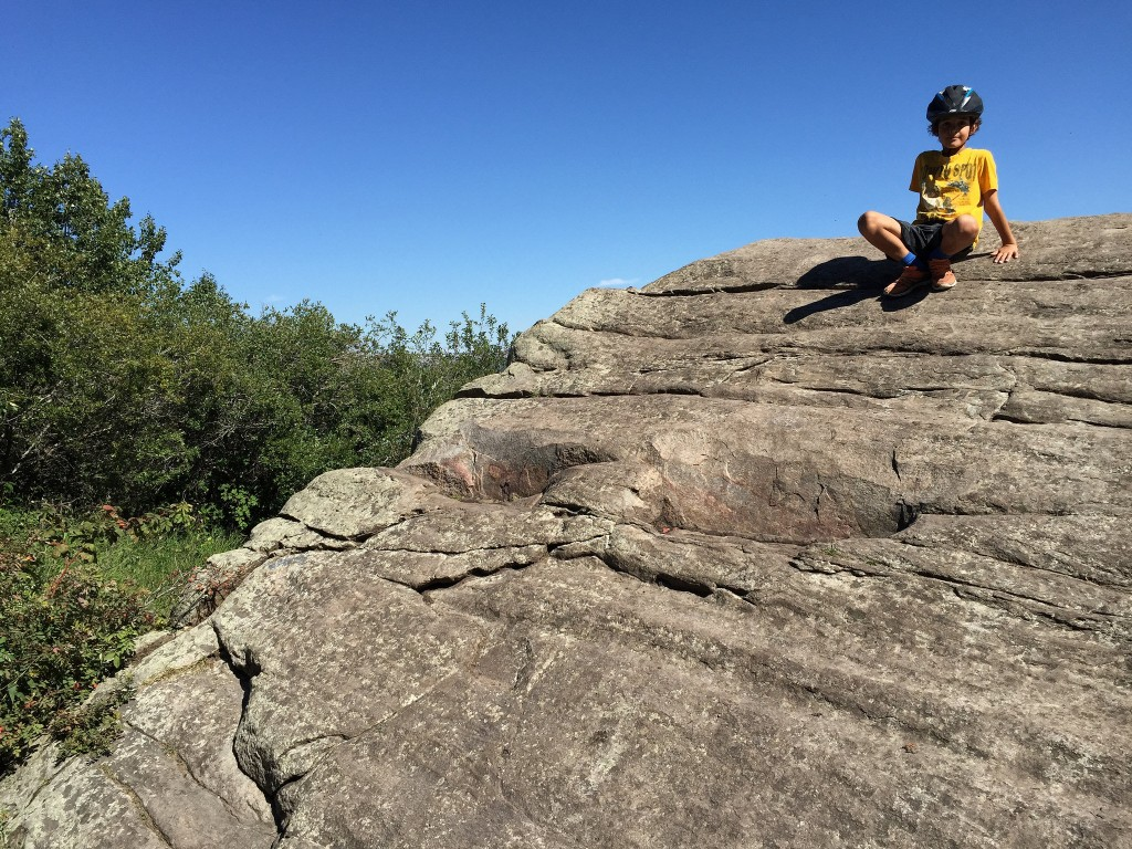 big rock on Paskapoo Slopes