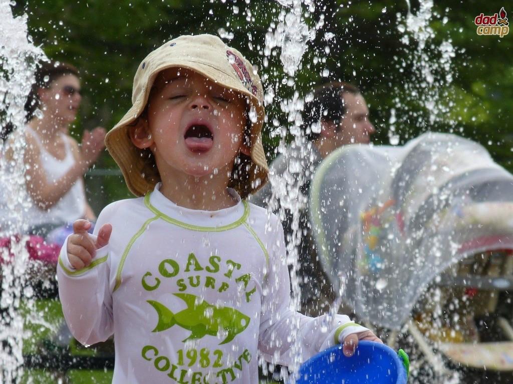 South Glenmore Park Splash Pad - DadCAMP