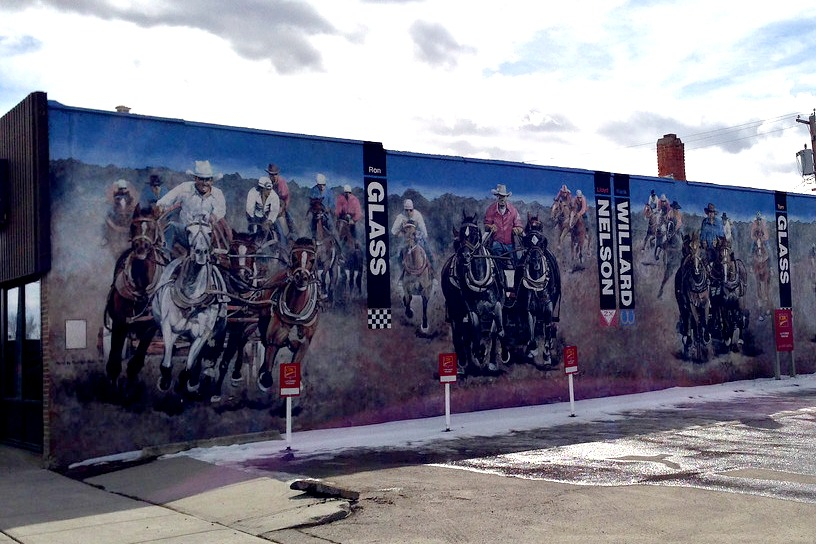 high river chuckwagon mural