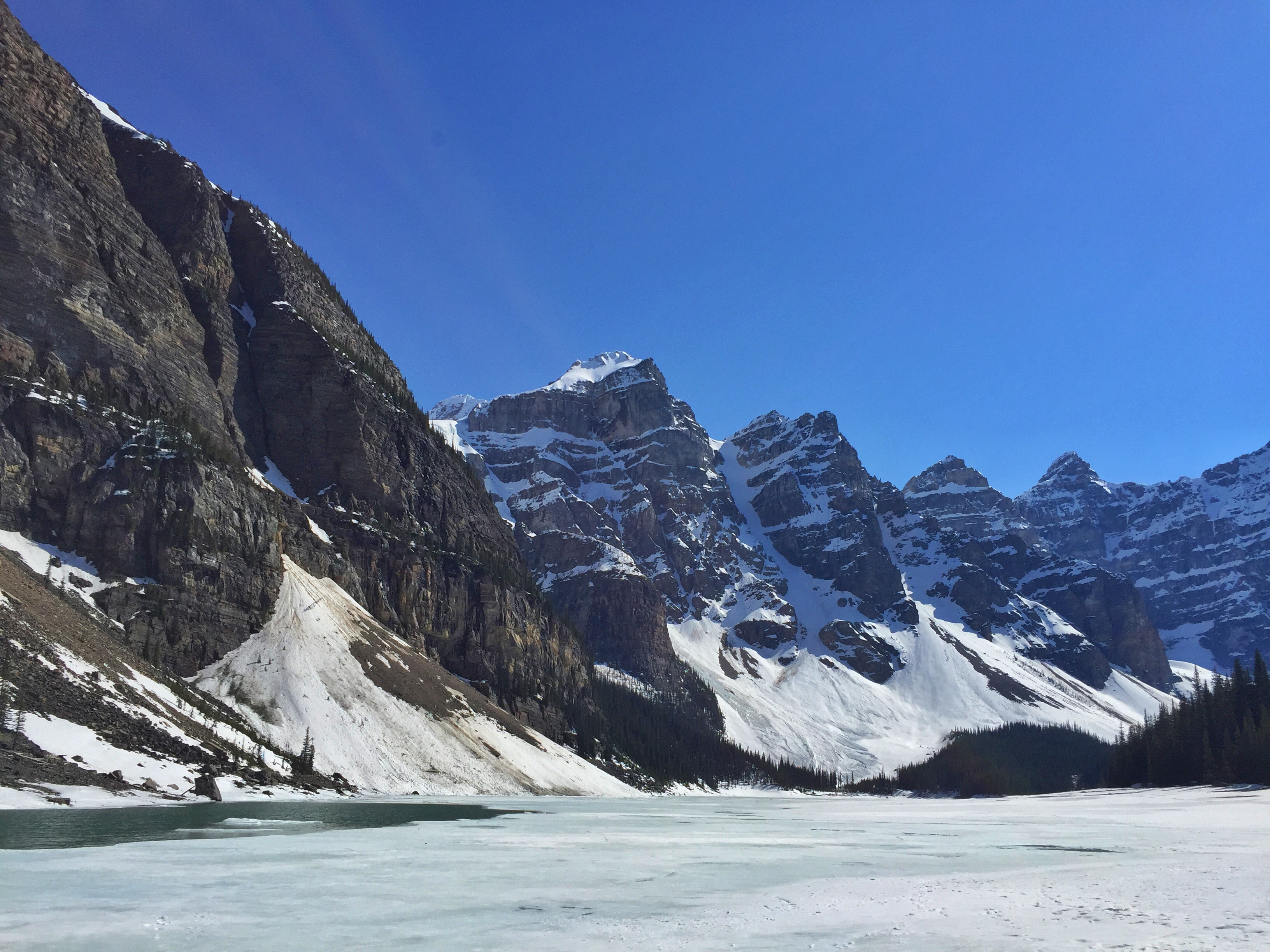 Is Moraine Lake Still Frozen The Blog According To Buzz